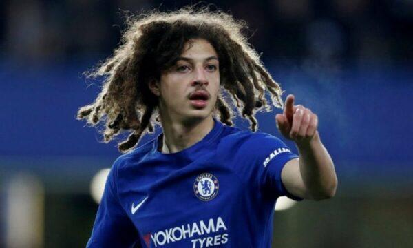 Top 8 cầu thủ tóc xù tài năng nổi tiếng trong bóng đá thế giới